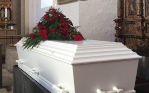 Česká obchodní inspekce odhalila nepoctivé praktiky některých pohřebních služeb