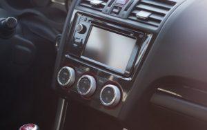 Vypátrání vozidla s podezřelým řidičem, který děsil rodiče na Jihlavsku