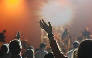 Hudební festivaly s rekordní návštěvností i nepoctivými prodejci