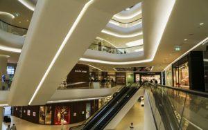 Jak je to s novým zákonem o prodejní době v obchodech