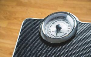 Mezinárodní statistiky: máme nejnižší podíl osob ohrožených chudobou, trpíme ale nadváhou