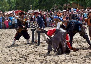 Znemožní EU šermířům pořádání historických bitev?