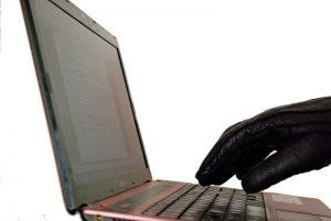 Jak na internetové podvodníky – díl první