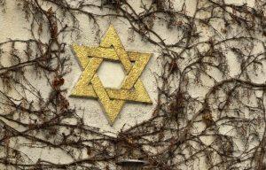 Dnes si připomínáme oběti nacistického holokaustu