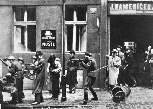 Dnes si připomínáme výročí Pražského povstání