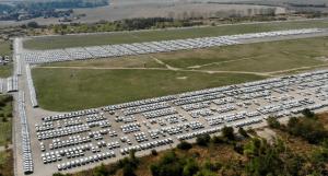 Je automobilový průmysl jeden velký podvod? Blíží se kolaps ekonomiky Západu?