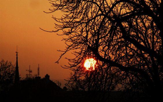 Tajemství sluneční soustavy – Slunce, spící tygr