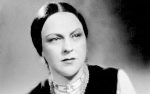 Kam se poděly hvězdy stříbrného plátna – Anna Letenská. Němci ji nechali dotočit film. Zabili ji až pak.