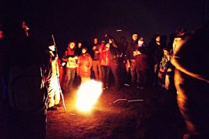 Čerti zapalovali ohně na kopcích