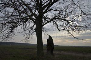"""Průvodce tajemnem po Čechách – Menhir """"Baba"""" stále funguje"""