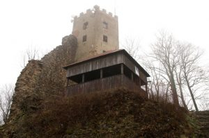 Hrad Rýzmberk a hradiště Příkopy jsou místem pohnuté historie