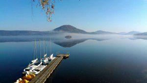 Tip na výlet: Máchovo jezero – kraj trampů, romantiky a dětských snů