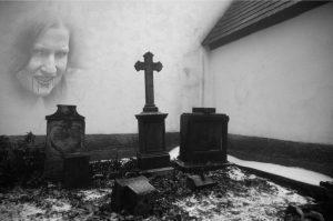 Sex na hřbitově není dobrý nápad
